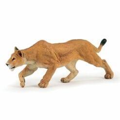 figurine animaux de la jungle - lionne chassant - la vie sauvage - papo